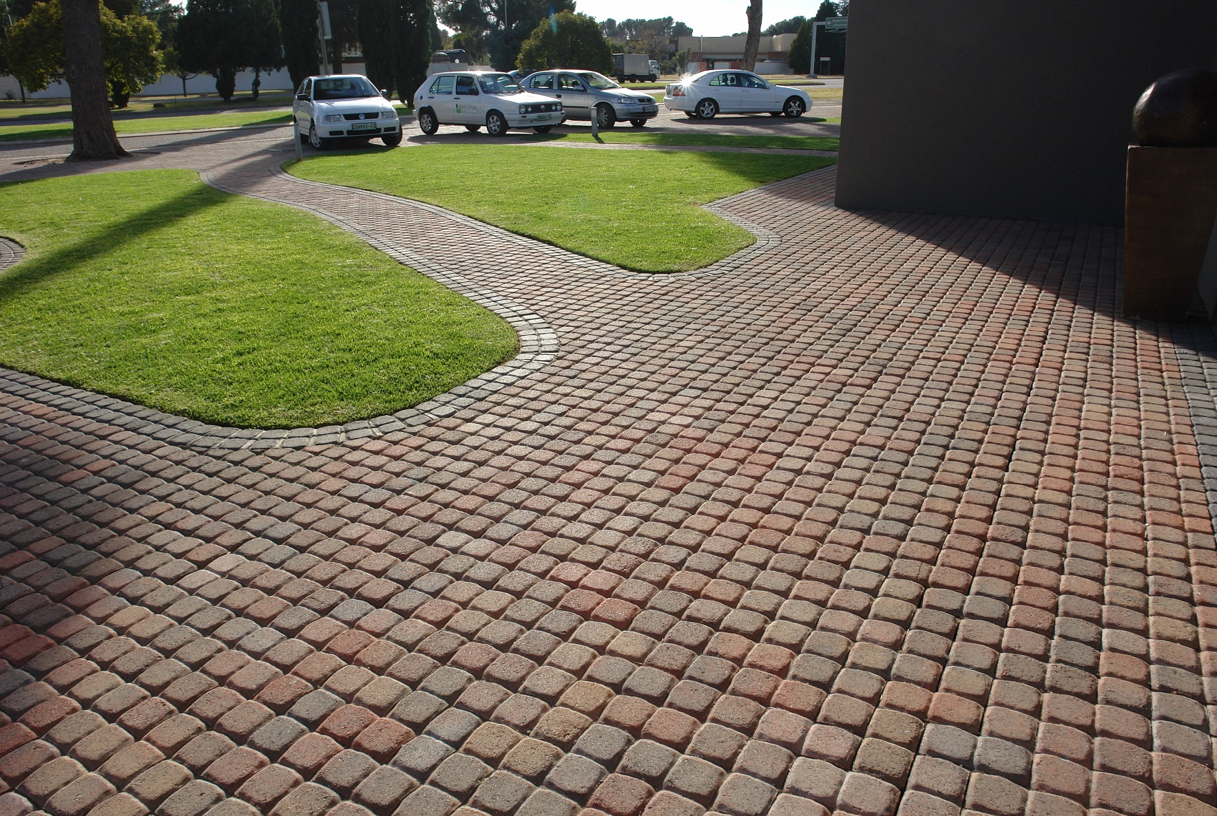 THE COBBLED PAVER EFFECT